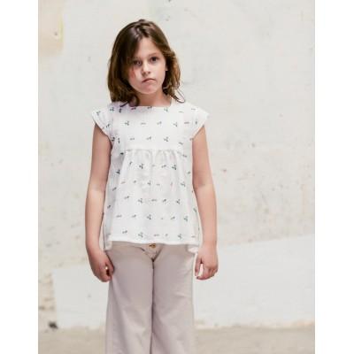 Blusa Sumida Fiore Blanca frente