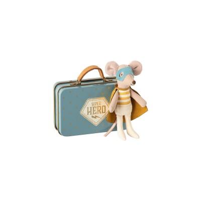 ratoncito superheroe en maleta maileg