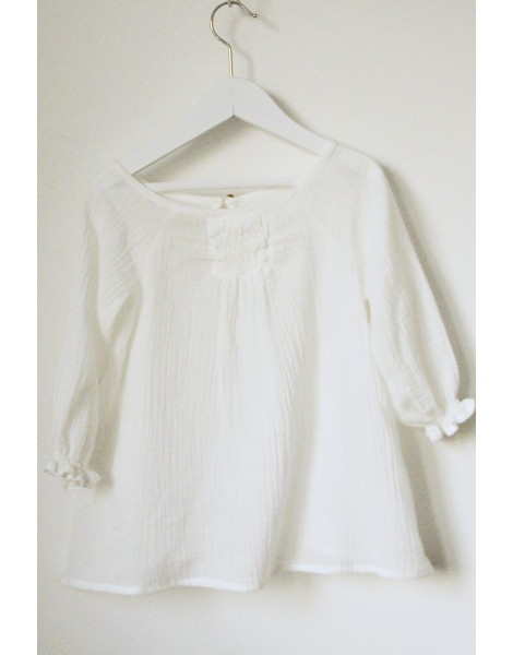 Blusa Gomitas blanca delantero