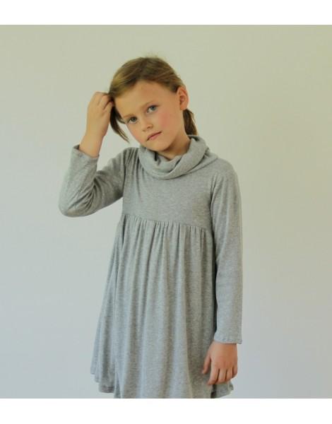 Niña con Vestido Amberes