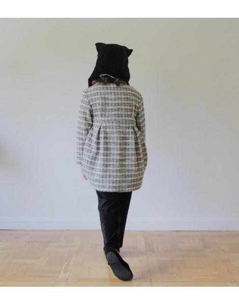 Niña con Abrigo Porto espalda