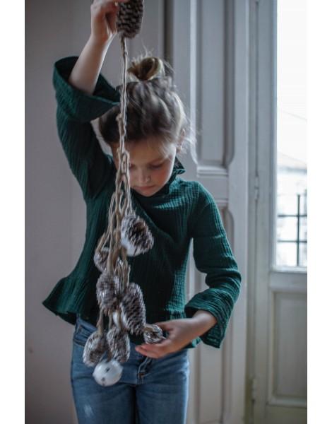Niña con blusa Viena